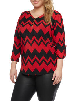 Plus Size Printed Top with Zip Scoop Neck - RED - 8429020626538