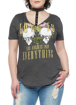 Plus Size Skulls and Roses Graphic Choker Tee - 8429073701206
