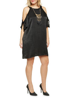 Plus Size Cold Shoulder Crinkle Swing Dress with Necklace - BLACK - 8475020625333