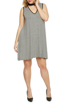 Plus Size Striped Keyhole Dress - 8476073702423