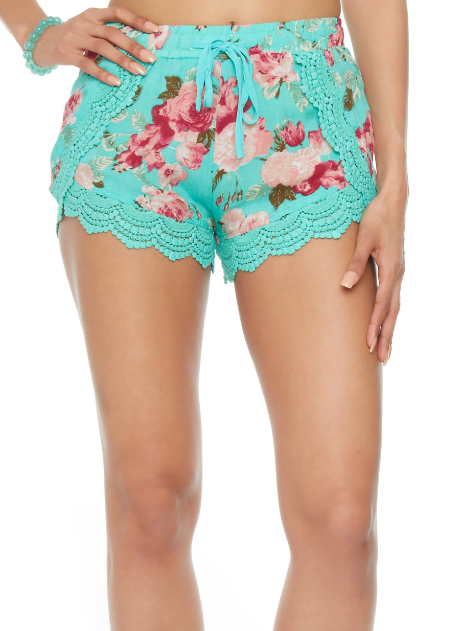 Crochet Hem Shorts Crochet Hem Floral Shorts