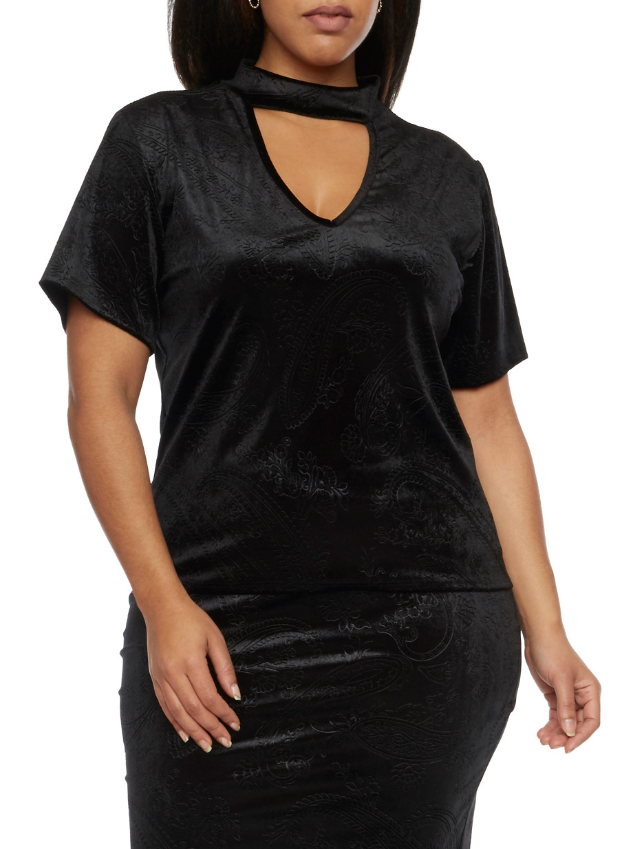 Online Exclusive - Plus Size Velvet Choker Top with Embossed ...