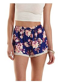 Crochet Trim Floral Print Shorts