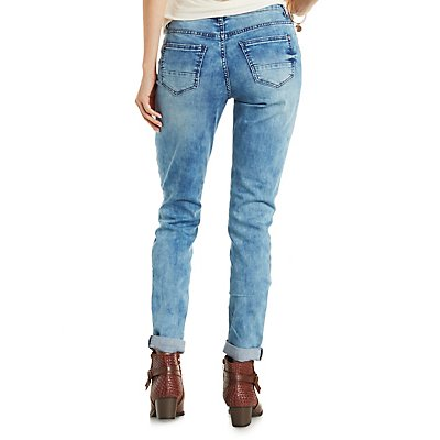 "Refuge ""Boyfriend"" Ripped Knee Jeans"
