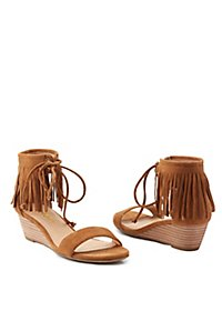 Report Two-Piece Fringe Sandals