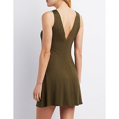 Sleeveless Scoop Neck Shift Dress