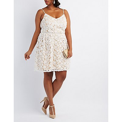 Plus Size Floral Crochet Lace Dress