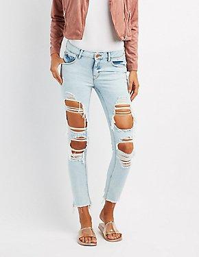 Refuge Crop Boyfriend Destroyed Cut-Off Jeans