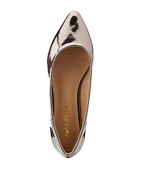 Metallic Pointed Toe Flats