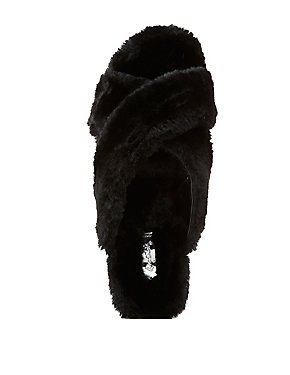 Qupid Faux Fur Flatform Sandals