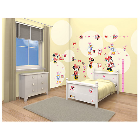 Minnie Mouse 79 Piece Room Decor Kit