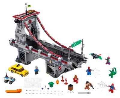 Set LEGO 76057 Spider Man: La Battaglia finale sul Ponte dei Web Warriors
