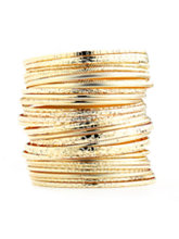 /product/Set-of-30-Textured-Bangle-Bracelets/157098.uts