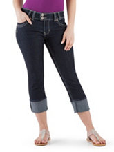 /product/Curvy-Fit-2-Button-Denim-Capri-with-Back-Pocket/156905.uts