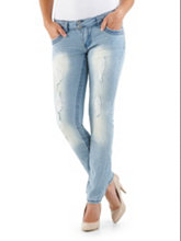 /product/Angels-Brand-2-Button-Light-Wash-Skinny-Jeans/158467.uts