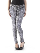 /product/Classy-Fit-5-Pocket-Printed-Pull-On-Skinny-Pants/155845.uts
