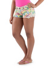 /product/Tropical-Print-Shorts-with-Crochet-Trim/156970.uts