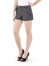 /product/Ruffle-Trim-Polka-Dot-Shorts/156000.uts