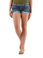 /product/Embroidered-Waist-Frayed-Denim-Shorts/156593.uts