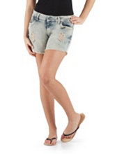 /product/Curvy-Fit-Deconstructed-Frayed-Edge-Shorts/156564.uts