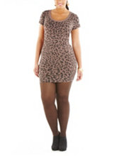 /product/Plus-Leopard-Print-Knit-Dress-with-Cutout-Back/158664.uts