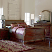 Grand Marquis II Bedroom Collection
