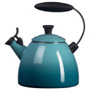 Le Creuset® 1½-qt. Enameled Halo Tea Kettle
