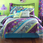 Chelsea Paisley Quilt and Accessories