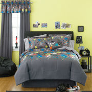 Splatter 8-pc. Complete Bedding Set with Sheets