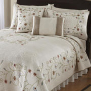 Lake Forest Quilt & Accessories