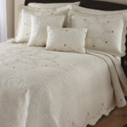 Leigh Bedspread & Accessories