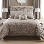CLOSEOUT! Liz Claiborne® 4-pc. Kourtney Comforter Set