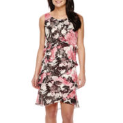 SL Fashions Sleeveless Floral Print Tiered Shift Dress