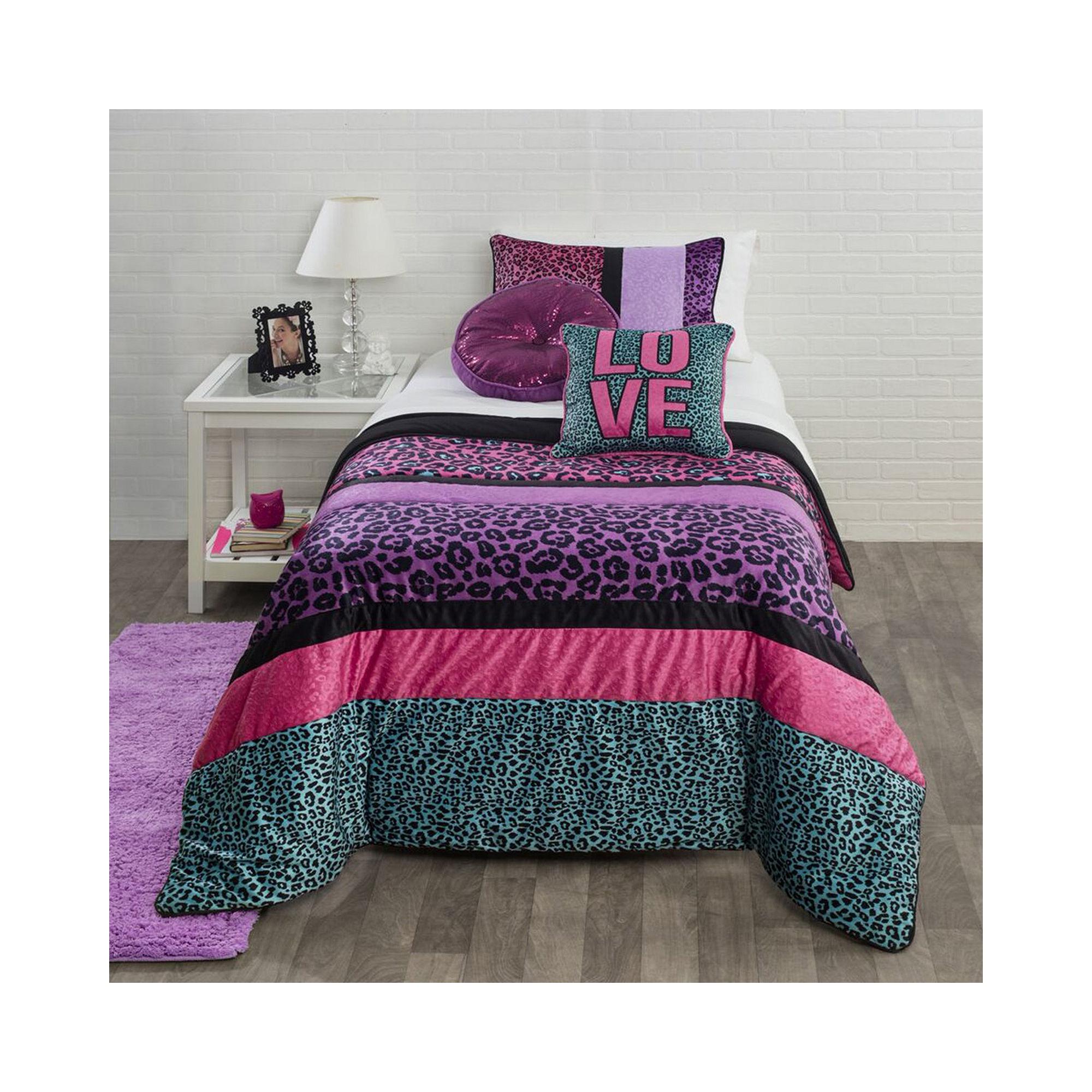 Seventeen comforter set seventeen comforters pink teen bedding for girls by find it at shopwiki - Teen cheetah bedding ...