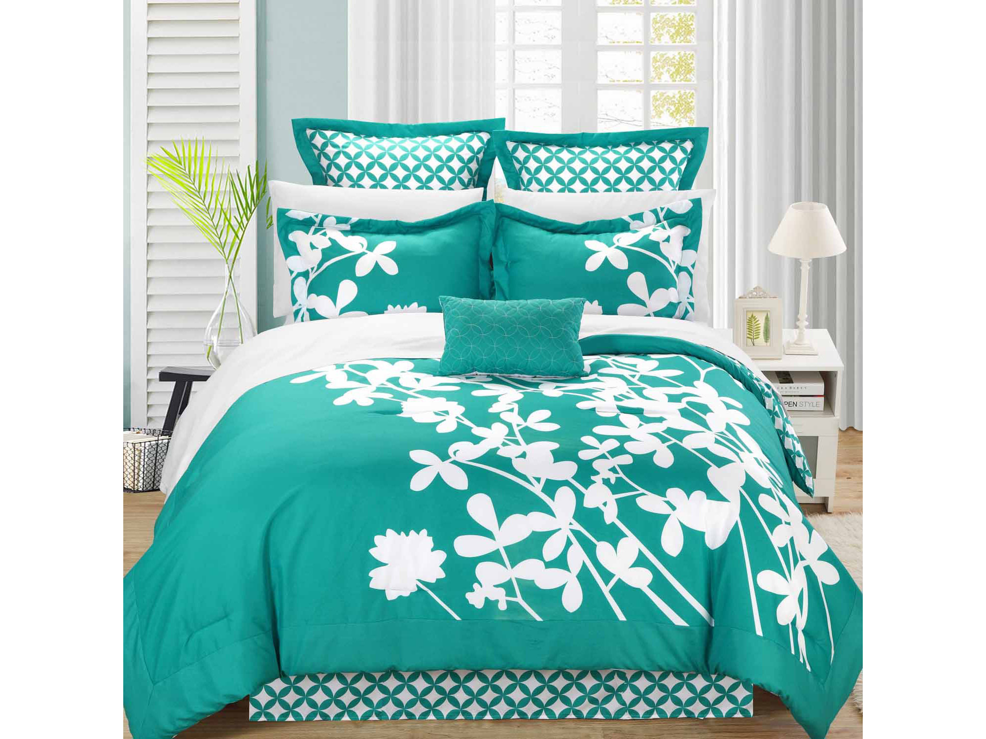 Chic Home Iris 11 - pc. Complete Bedding Set With Sheets