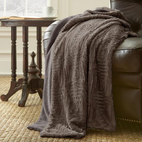 Pacific Coast Textiles Luxury Faux Fur Throw
