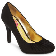 K9 by Rocket Dog® Ondine Pleated Pumps