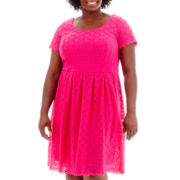 RN Studio by Ronni Nicole Short-Sleeve Circle Stretch Lace Dress - Plus