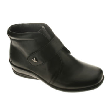 jcpenney.com | Flexus Play Leather Booties