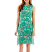 Trulli Sleeveless Lace Sheath Dress