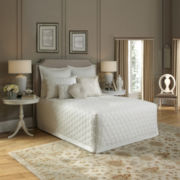 Lexington Quilted Bedspread & Accessories