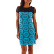 London Style Collection Short-Sleeve Sundial Lace Shift Dress