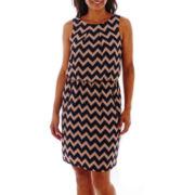 SL Fashions Sleeveless Chevron Print Dress