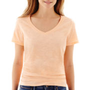 Stylus™ Short-Sleeve Relaxed Fit V-Neck Slub Tee
