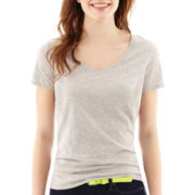 Stylus™ Short-Sleeve Relaxed Fit V-Neck Slub Tee