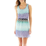 Speechless Sleeveless Belted Chevron Print Dress