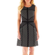 Danny & Nicole Sleeveless Print Dress