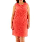 Sandra Darren Sleeveless Beaded Shift Dress - Plus