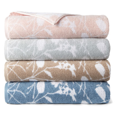 Liz Claiborne Floret Yarn Dyed Bath Towels Bath Towel by Liz Claiborne