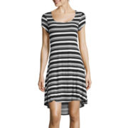 a.n.a® Short-Sleeve High-Low Trapeze Dress